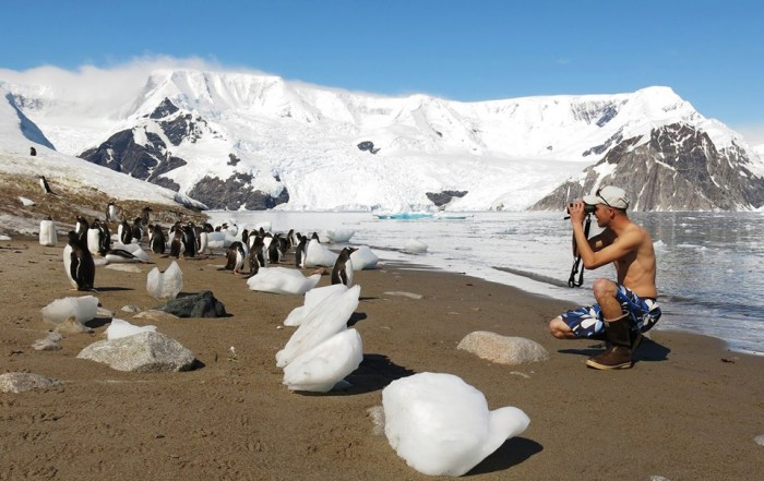 Cameron Rutt's apathy towards fully dressing himself in the Antarctic is inspiring.  He is a model birder, and quite frankly should be a birder model.