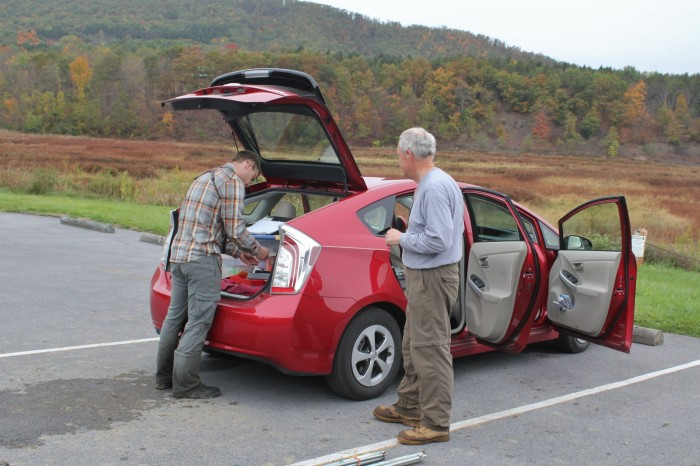 Ian and Nick processing sparrows in the back of Nick's Prius (Photo by Alex Lamoreaux)
